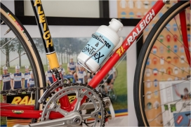 TA and Contrex Tour de France TI-Raleigh SBDU SB4059 Bottle and Cage Fitted